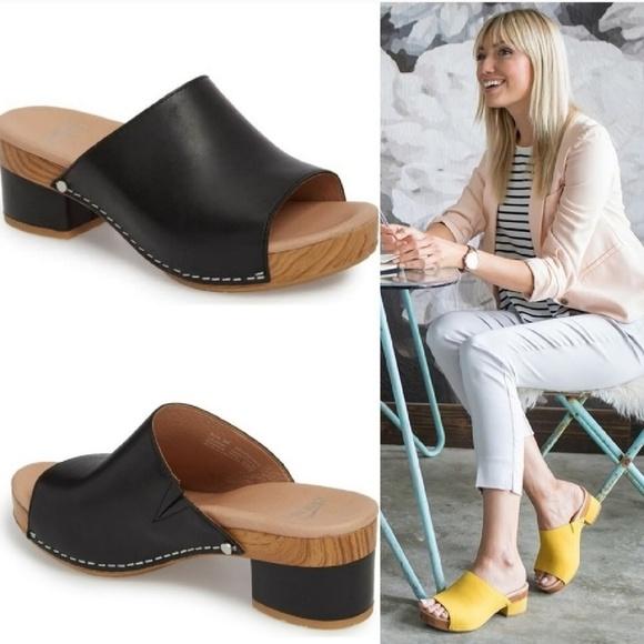 d9d8d0a7212 Dansko Shoes - DANSKO Maci Leather Slide Mule Size 37